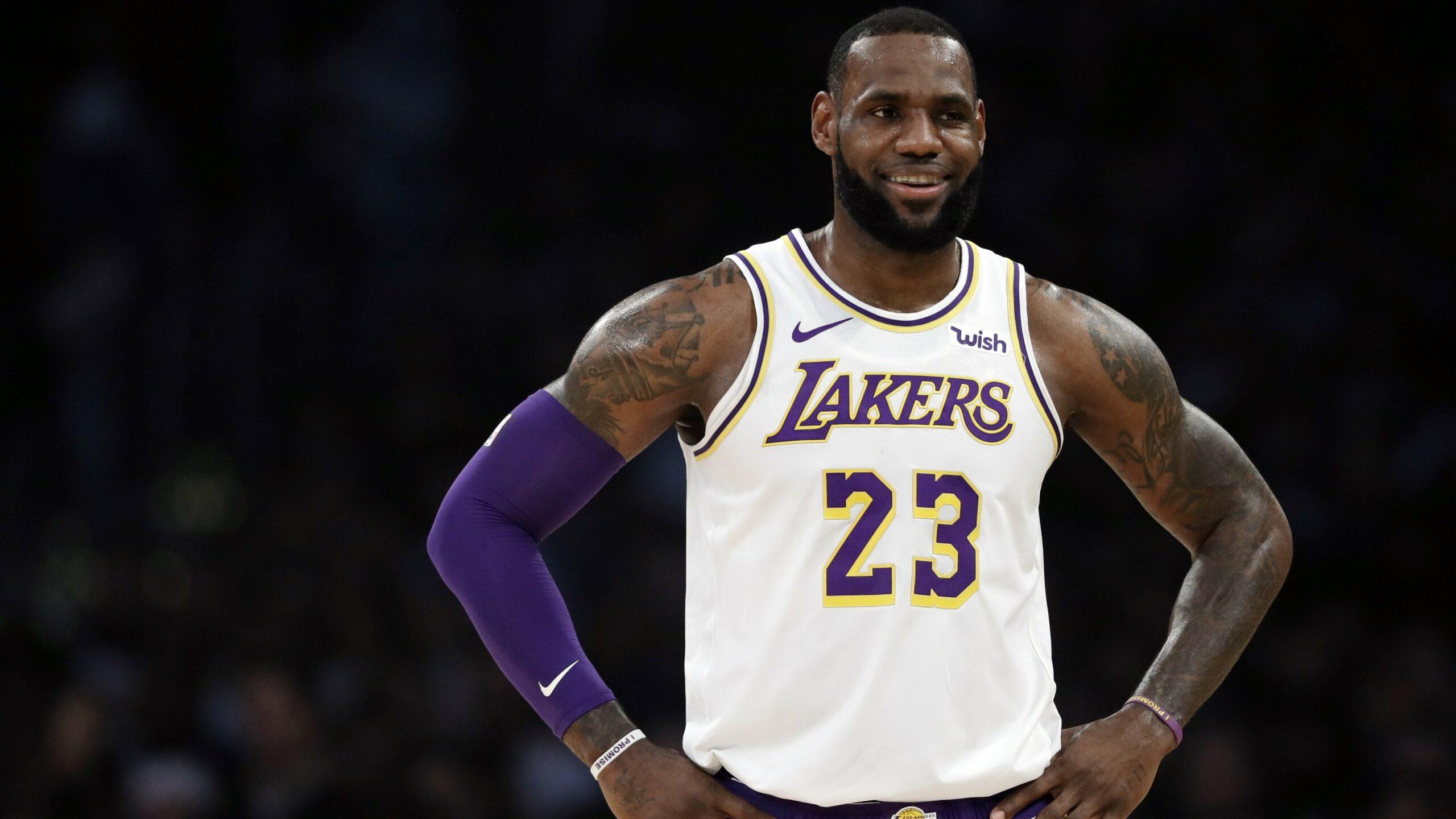LeBron James, astro dos Lakers, deverá estar de volta as quadras a partir de 31 de julho